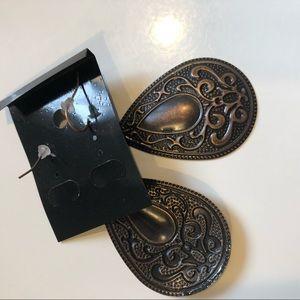 Jewelry - 4/$25 SALE Brown Dangle Earrings